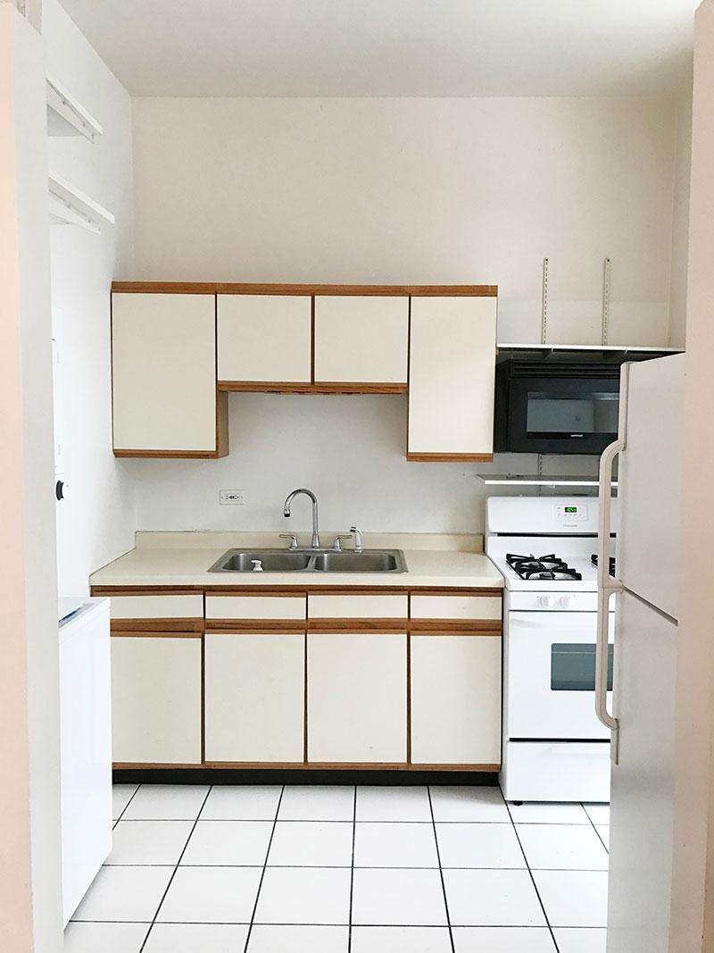 rdeco_alaina-kaczmarski-home-tour-before-greystone-kitchen