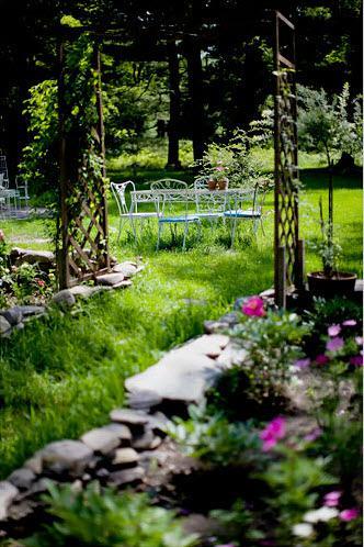 rdeco_cottage patio