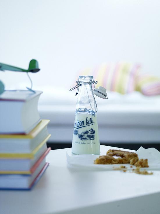 rdeco_ninapetropoulea_milk
