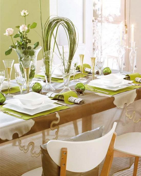 rdeco_christmas-table-decor-green