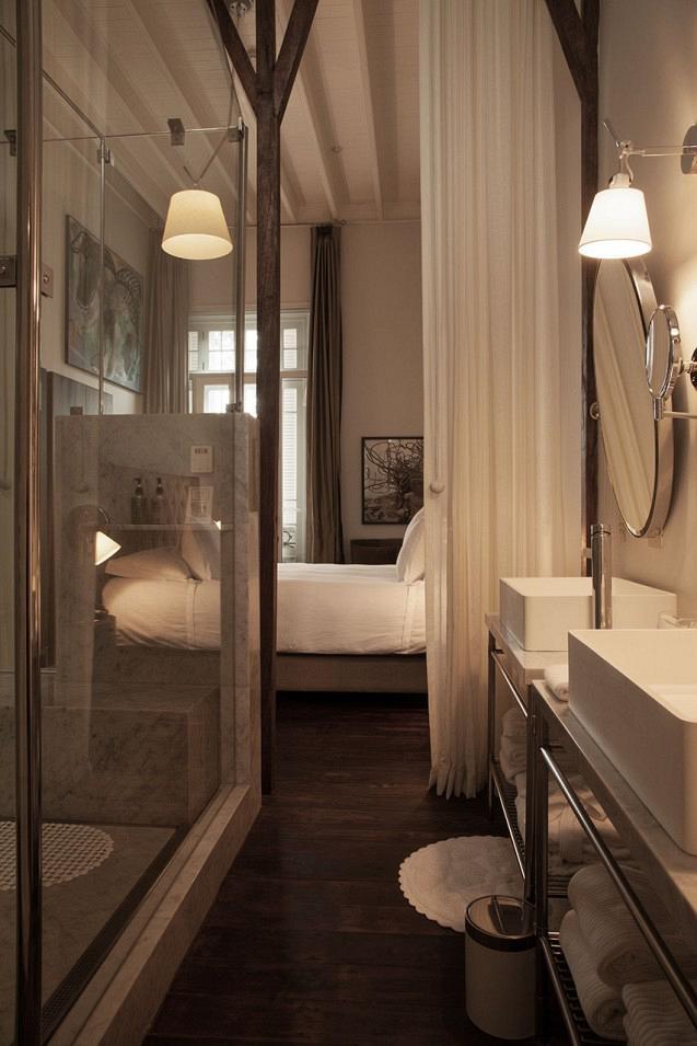 rdeco_hotelB_lima_peru_art_bath2
