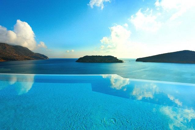 rdeco_blue-palace-luxury-crete