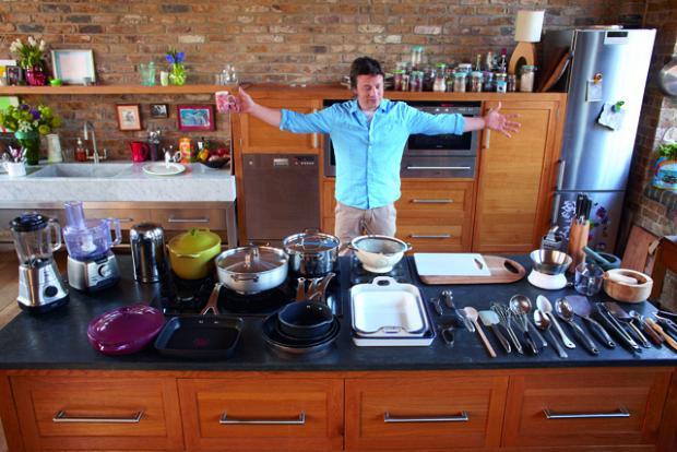 rdeco_jamie_kitchen_utensils
