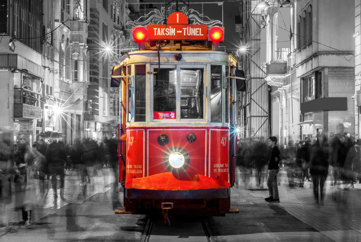 Constantinople tram - Travel with Rdeco